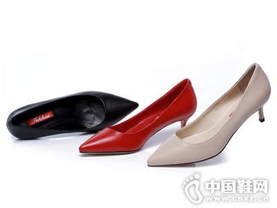 菲凯FEKKAI女鞋2018新款时装鞋