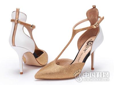 VMe舞魅女鞋2018新款中空单鞋