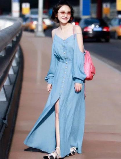"""唐艺昕也穿平底鞋了 给平底鞋加上""""桥梁"""" 竟然比高跟鞋更时尚"""