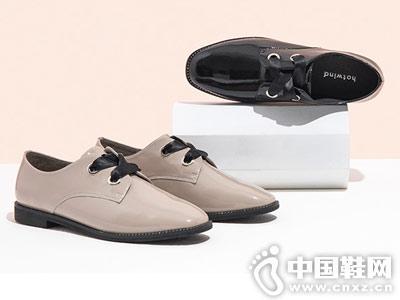 热风平跟休闲皮鞋
