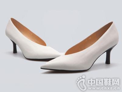 FED男鞋2018秋季新品高跟鞋