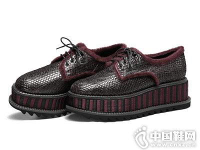 柯玛妮克2018秋季新款厚底单鞋
