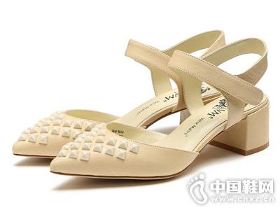 VME舞魅时尚后空单鞋
