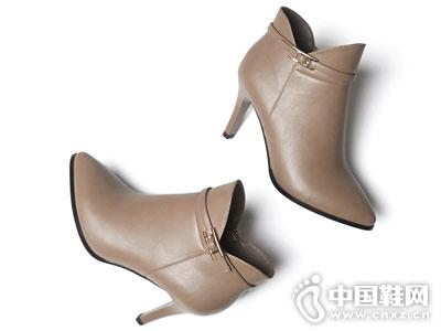 戈美其2018冬季新款时尚短筒靴