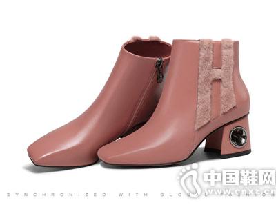 柯玛妮克2018冬季新款粗跟短靴