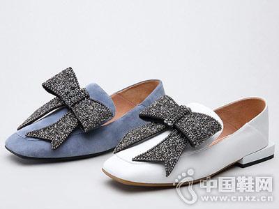 新款穆勒蝴蝶结平底方跟思加图皮鞋