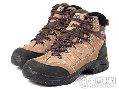 思凯乐户外登山鞋防水透气 vibram橡胶大底