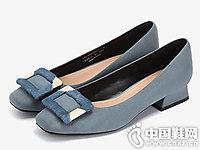 达芙妮时尚方头平跟鞋
