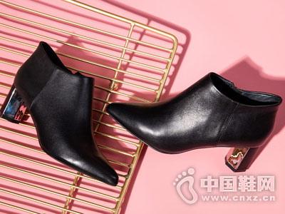 18秋季新款高跟尖头时尚及踝靴