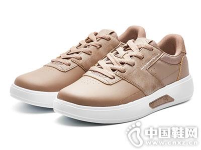 安踏2018新品厚底白色运动滑板鞋