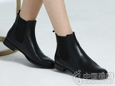 PrettyBallerinas芭莉瑞娜短筒切尔西短靴