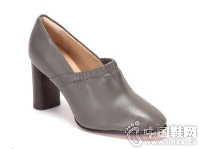 秋季女鞋粗跟clarks其乐高跟鞋