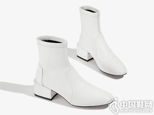 2018秋冬新品爱米高弹力粗跟短靴