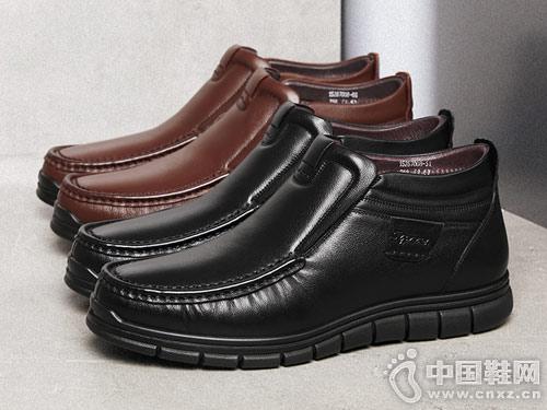 康奈男鞋2018冬季新款休闲皮鞋短靴
