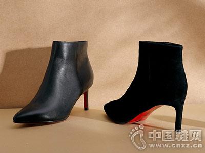 自由姿色2018冬季新款短靴通勤靴