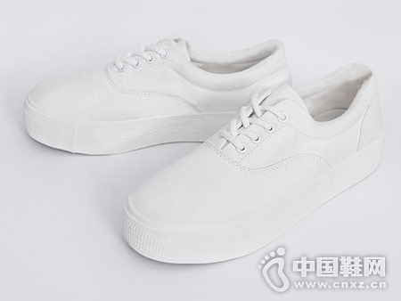 小白鞋女2018新款秋季百搭人本休闲鞋