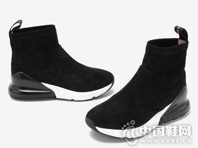 百思图2018冬季新款休闲短靴舒适坡跟
