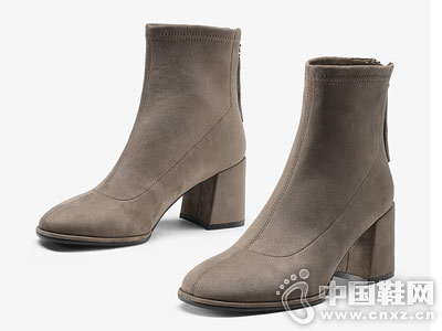 色非粗跟小短靴女踝靴2018新款