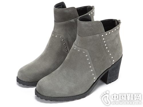 Aerosoles爱柔仕冬季铆钉圆头高跟短靴