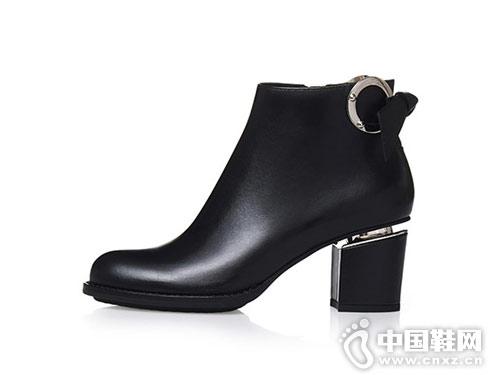 哥弟女鞋秋冬季新款牛皮短靴