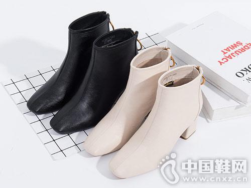 依思q2018冬靴新款韩版方头短靴