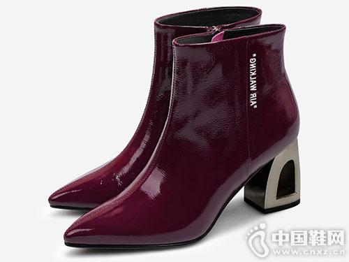 2018新款欧罗巴酒红牛漆皮单靴