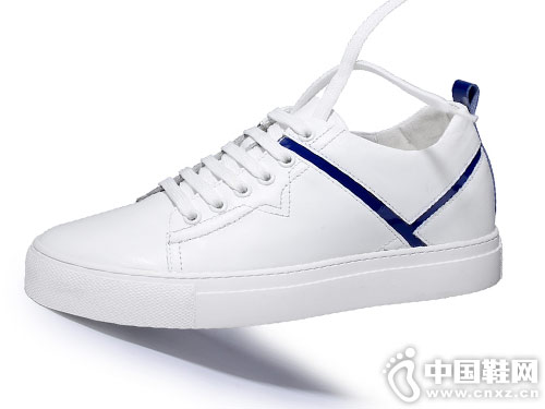 时尚休闲小白鞋 高尼增高鞋百搭板鞋潮流