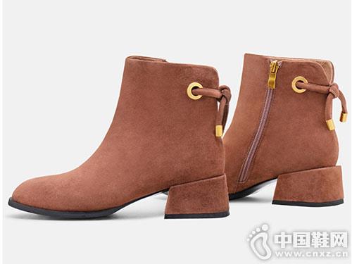 麦露迪MELODIE方跟时尚短靴2018秋冬新款