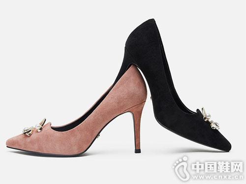 2019春新款KissKitty时尚高跟浅口单鞋