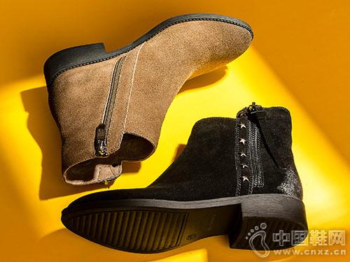 2018新款尖头切尔西靴 自由姿色小短靴