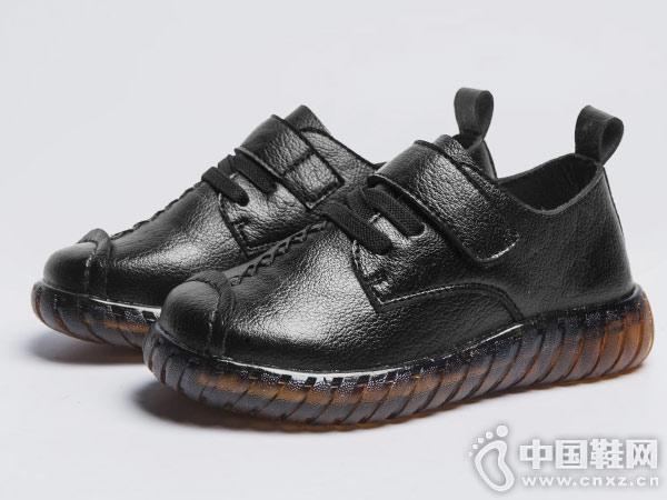 童鞋皮鞋黑色英伦加绒阿童木新款