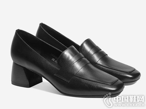 春季新款方头真皮中跟单鞋卡美多新款