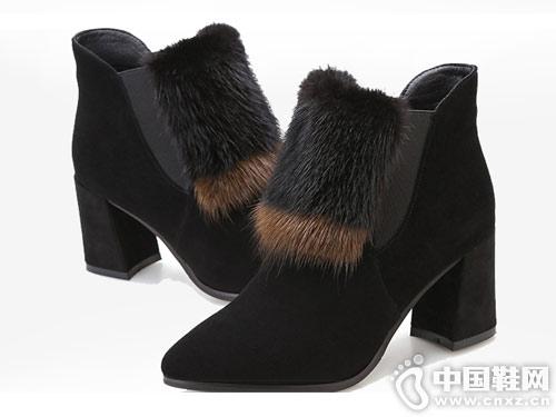 尖头短靴女2018新款漫沙洛毛毛鞋