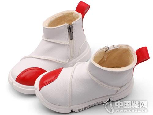 2018秋季新款马丁靴卡卡树童鞋