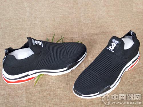 新款男鞋必登高透气运动鞋