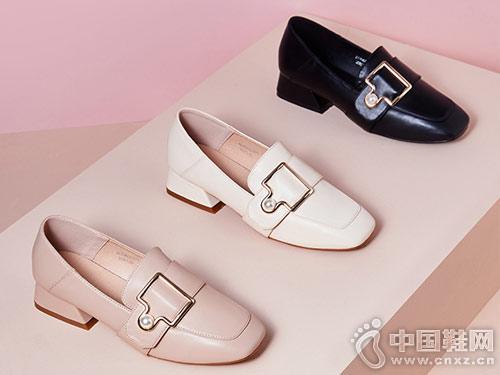 新款英伦风依思q2019珍珠懒人乐福鞋