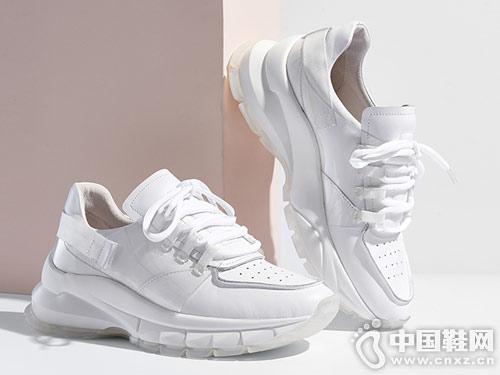 2019年欧美时尚纯白色?#31995;?#38795;zsazsazsu莎莎苏新款