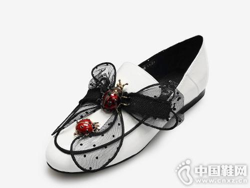 2019新款欧罗巴平底单鞋女豆豆鞋