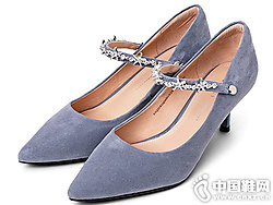 康莉2019新款春季一字扣带尖头高跟鞋