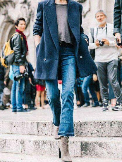 春季终于可以露脚踝了 这条微喇裤很百搭 显瘦显高更显气质