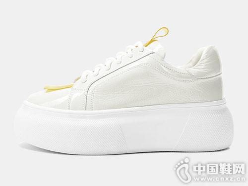 2019春季新款增高小黑鞋卡美多松糕厚底