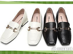 西村名物乐福鞋女2019新款时?#20449;?#38795;