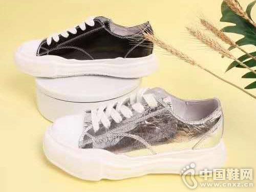 2019EM易美时尚女鞋小白鞋