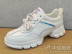 米色运动小白鞋皮之宝2019年春季新款
