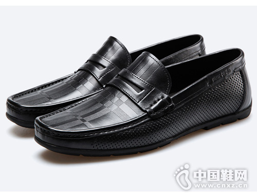 皮尔卡丹2019新款舒适透气一脚蹬皮鞋