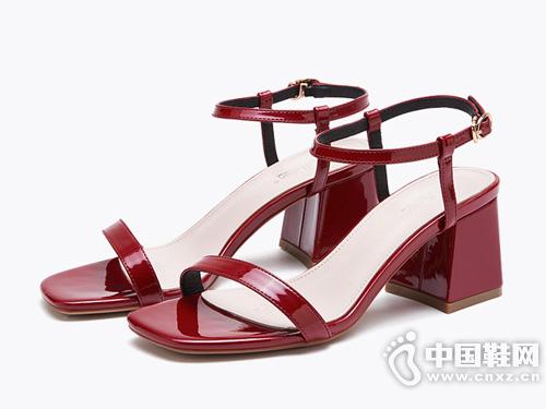 依思q2019夏季新款时尚百搭高跟一字带凉鞋