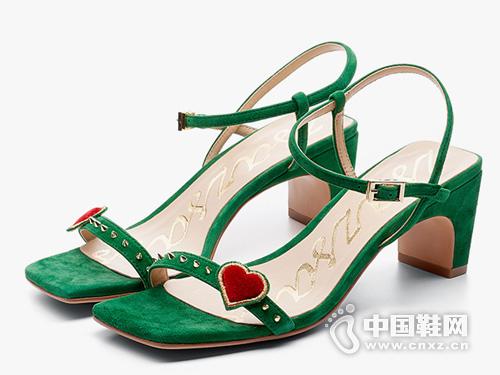 莎莎蘇2019年歐美時尚愛心刺繡柳釘涼鞋