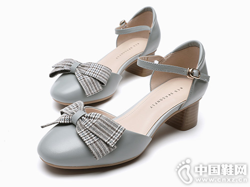蝴蝶结玛丽珍鞋 红蜻蜓女鞋2019新款