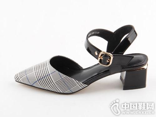 仙妮特中跟方跟尖头包头韩版凉鞋