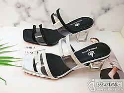 时尚女鞋当季新款 英加度新品